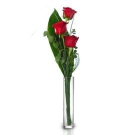 3 rosas con jarron